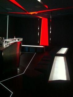 Wingz bar brings unique to a whole new level Bar, Bring It On, Unique, Home Decor, Live, Colombia, Decoration Home, Room Decor, Home Interior Design