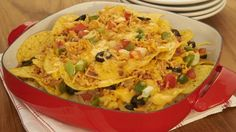 This Deluxe #Nacho Platter is a magician - it disappears in flash at parties! #Knorr #Cheesy