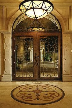 Beautiful Tuscan entry hall... ᘡղbᘠ