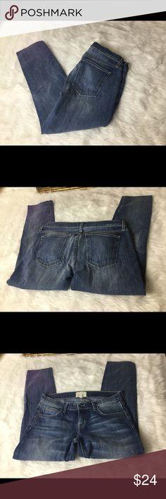 """Current Elliott Designer Jeans Sz 27 Current Elliott Designer Jeans Sz 27. Waist 14"""". Inseam 24"""". Rise 8"""". In good shape.  The rolled skinny.  Baltic Super Loved. Current/Elliott Jeans Skinny"""
