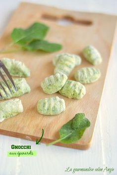 homemade spinach gnocchi {For about sixty gnocchi} - 200 g of epicure . Raw Food Recipes, Veggie Recipes, Italian Recipes, Pasta Recipes, No Salt Recipes, Vegetarian Recipes, Cooking Recipes, Healthy Recipes, Gnocchi Recipes