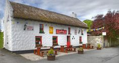 Really nice area and pub/restaurant here in Ireland..we enjoyed this establishment and the walking trails at Garrykennedy as well.. :o)