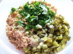 Rețetă Felul principal : Salata cu ton si naut de Sabina Good Food, Yummy Food, Pasta, Healthy Salad Recipes, Healthy Food, Tzatziki, Fried Rice, Risotto, Veggies
