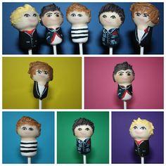 haha. one direction cake pops! I would eat them upp ;)