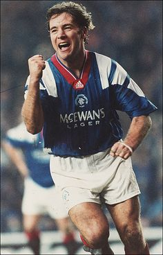 Ally McCoist @ Glasgow Rangers [a] Rangers Football, Rangers Fc, Football Kits, Sport Football, Soccer Teams, Retro Football, World Football, Question Of Sport, Football Pictures