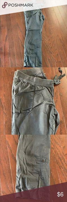 3e6633d58f Maternity Old Navy cargo pants Maternity Old Navy cargo pants. Charcoal  gray color. Option
