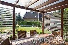 drevena terasa pri dome - Hľadať Googlom