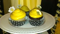 Cupcakes at a Bumble Bee Party #bumblebee #party