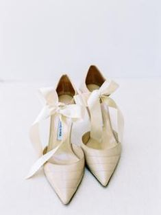 You're Going to Love This Bride's Attention to Detail and Her Bridesmaids Gifts! Bridal Party Shoes, Bridal Heels, Wedding Heels, Wedding Day, Little Black Books, Bride Shoes, Groom Attire, Wedding Vendors, Bridal Accessories
