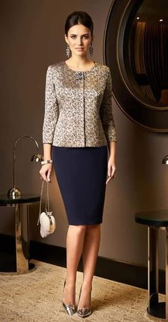 elegant clothes for starting your summer 18 Elegant Outfit, Elegant Dresses, Dress Suits, I Dress, Hijab Fashion, Fashion Dresses, Neue Outfits, African Dress, Work Attire