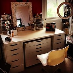 Makeup Room is coming along so nicely  I have the linnmon table top, the Alex drawers and the snille swivel chair! The middle section is on wheels so I can adjust it for some leg room when I'm applying my makeup. I also have the @originalbeautybox and @divaring light! Love it!  #sancapacciomua #makeupartist #makeupcollector #mua #makeup #makeupcollection #makeupstorage #storage #alexikeadrawers #ikeadrawers #alexdrawers #ikea #swivelchair #divaringlight #ringlight #divaring…
