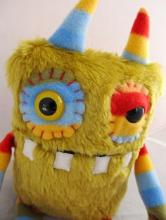 Plush Monster Cute Monster BARNES handmade by PinkSprinklesPlush Plush Dolls, Doll Toys, Felt Dolls, Monster Toys, Monster Gloves, Pet Monsters, Handmade Stuffed Animals, Monster Birthday Parties, Sewing Projects For Kids