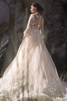 A-Line+Chapel+Train+Tulle+Wedding+Dress+LD5199