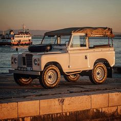"""""""Mi piace"""": 947, commenti: 15 - Land Rover Series Pics (@land_rover_series_pics) su Instagram: """"#sunset #perfect #classy #vintagecoolness #landroverseries #landroverdefender #landrover…"""""""