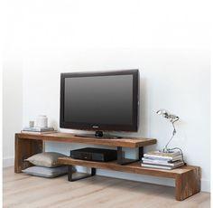 d-Bodhi tv-meubel Taste; stoer door de combinatie van zwart staal met teakhout.