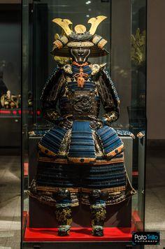 Kabuto Samurai, Samurai Weapons, Samurai Swords, Japanese History, Japanese Art, Japanese Dragon, Samurai Tattoo, Demon Tattoo, Armor Clothing