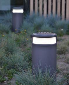 Exterior LED solar garden bollard light (for pathway lighting) - ALPHA - ArchiExpo