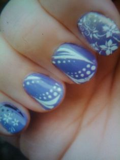 Coat purple let dry with white nail art pen draw a design