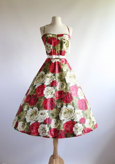 Xtabay Grand Floral 50's Party Dress ~ Vintage 1950s Rose Print Sun Dress ~ Vintage 50s Cotton Floral Dress Waist 30 by xtabayvintage on Etsy