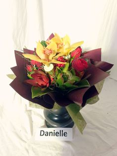 Florsitry. Small hand tied flower posy