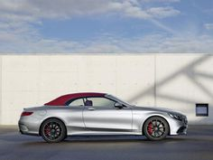 At the recent Detroit Auto Show, Mercedes launched its much-awaited E-Class. Smitten by the limited edition S63 Cabriolet Edition 130 created as a tribute to the founding fathers of the brand.