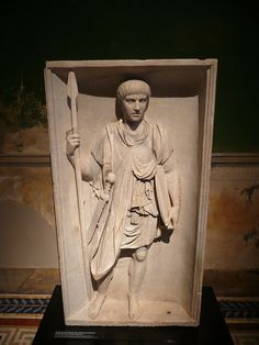Relief, depicting a Roman legionary. The relief is part of a triumphal arch of Traian. Marble, early 2nd century AD. Found in 1800 at Pozzuo.../tcc/