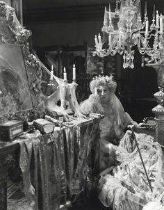 Carol Ann Duffy – Havisham | Genius