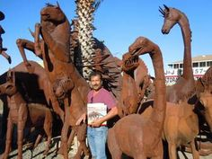 PERRIS: Sculptor's Jurassic Park is on the move Riverside County, Jurassic Park, Road Trip, Lion Sculpture, Road Trips