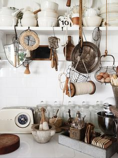 Cottage Home Interior collecting kitchen accouterment.Cottage Home Interior collecting kitchen accouterment. White Cottage Kitchens, Home Kitchens, Shabby Chic Decor, Vintage Decor, Vintage Tools, Brisbane, Kitchen Decor, Kitchen Design, Kitchen Tools