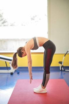 Whether you wake up with a serious neck pain, or your neck begins to hurt after a day of slouching, yoga poses for neck pain will always Cow Pose, Corpse Pose, Bad Posture, Posture Correction, Abdominal Muscles, Neck Pain, Yoga Poses, Rid, It Hurts