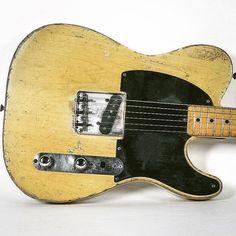 Objects of desire! Dirty dirty Tele! We love it! #tonechaser #tone #brunettiamps #guitarist #guitars #guitarsofinstagram #guitarsdaily #telecaster #fender #vintageguitar #guitaraficionado #objectsofdesire #customguitar #valveamps #tubeamp