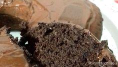 Aprenda a fazer essa receita de bolo Low Carb de chocolate com farinha de amêndoas que fica uma delícia!