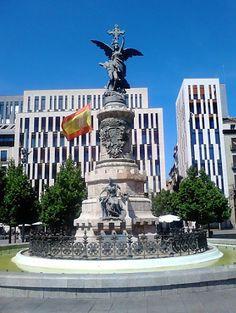 Plaza España de Zaragoza, Aragón, España, Europa.