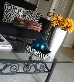 ChicMadness: Photo... My coffee table decor
