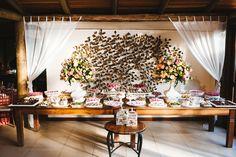 mesa do bolo - casamento de dia   Lápis de Noiva