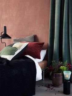 Interior Design Tips: discover the possibilities of the Terracotta trend Interior Exterior, Interior Design Tips, Interior Inspiration, Design Ideas, Room Interior, Design Trends, Bedroom Green, Bedroom Decor, Turbulence Deco