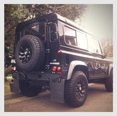 Blacked out Defender