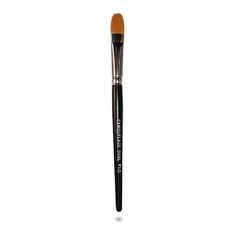 Our concealer brush is designed to help glide concealer on smooth, naturally and effortlessly.