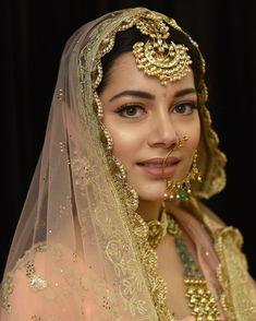 "Keeping this beautiful day bride glowing and natural with . bridal makeup , ""Less is more"". Keeping this beautiful day bride glowing and natural with . Keeping this beautiful day bride glowing and natural. Wedding Day Makeup, Bridal Makeup Looks, Bridal Looks, Bridal Style, Bridal Makup, Pakistani Bridal Makeup, Indian Bridal Outfits, Indian Bridal Hairstyles, Bridal Hijab"