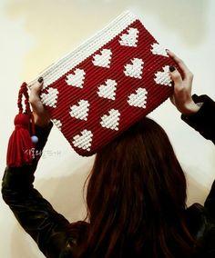 Love Crochet, Beautiful Crochet, Diy Crochet, Tapestry Crochet Patterns, Weaving Patterns, Crochet Handbags, Crochet Purses, Crochet Wallet, Plastic Canvas Stitches