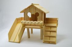 Handmade DIY Wooden hamster toys for a nature or woodlands inspired cage habitat! I can imagine my little furkid entertaining themselves on the slide! Diy Hamster Toys, Cage Hamster, Hamster Life, Rat Toys, Hamster House, Hamster Treats, Pet Cage, Bird Toys, Hamster Stuff