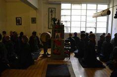 El Dojo zen de Buenos Aires es un auténtico y tradicional dojo zen dedicado a la práctica cotidiana de zazen. El responsable es Toshiro Yamauchi y ha recibido del Maestro Kosen Thibaut la ordenación de monje zen. Practica cotidianamente, da la iniciación a la práctica para principiantes, dicta los cursos de introducción al Budismo Zen y practica las sesshines nacionales organizadas por la Asociación Zen de América Latina en el Templo Zen Shobogenji y en los dojos de la Kosen sangha en…