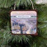 http://puddyshouse.com/2014/11/16/diy-mini-pallet-ornaments/