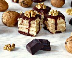 Ořechové řezy se šmakounem, kešu ořechy, kakaovým máslem a čokoládou