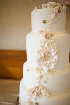 Light Accents of Pink and Gold Cake