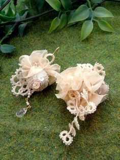 Tatted lace earrings - mixed media: tatting, lace fabric, felt, sequins and pearls. From japanese Fuligo (Furigo) shop.