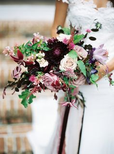 purple + pink bouquet | Lauren Kinsey #wedding