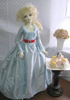 Marie Antoinette | nice recreation!  I've always liked this dress...