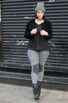Nice 61 Casual Plus Size Winter Fashion Ideas to Makes You Look Stunning. More at http://aksahinjewelry.com/2017/11/06/61-casual-plus-size-winter-fashion-ideas-makes-look-stunning/