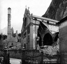 Duomo di Gemona del Friuli, dopo il terremoto del 1976.